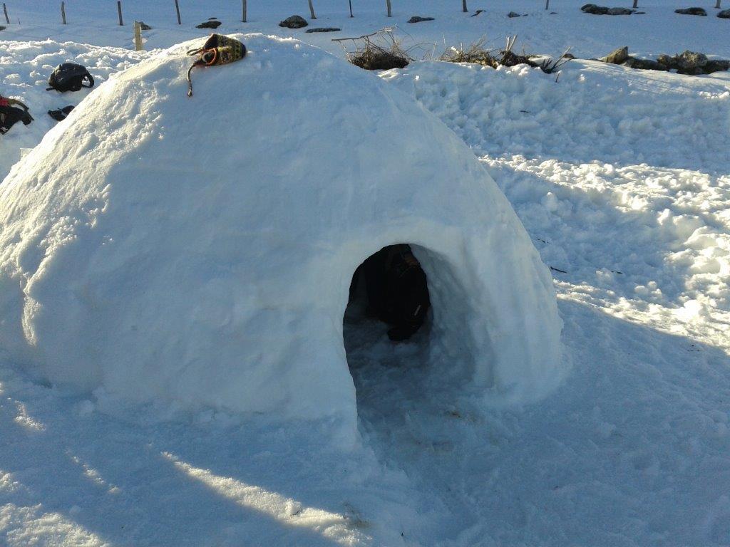 Petit Trappeur construction d'igloo (Décembre à Mars)
